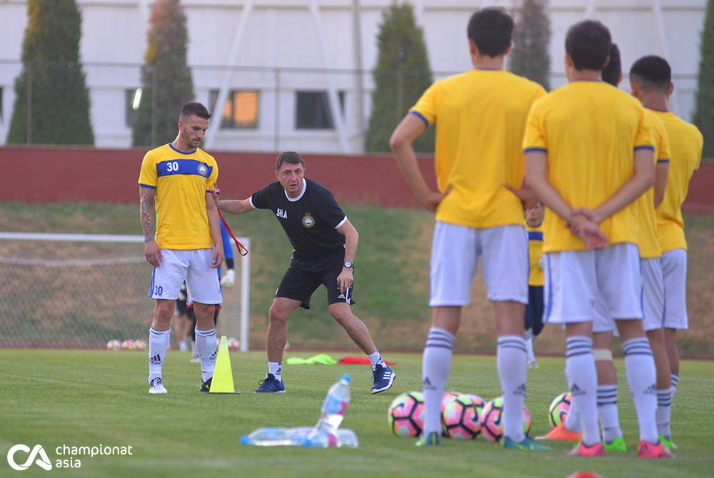 Training of FC Pakhtakor