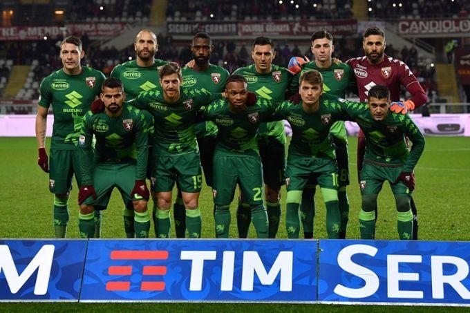 """""""Torino"""" futbolchilari aviahalokatga uchragan """"SHapekoense"""" formasida maydonga tushishdi FOTO"""