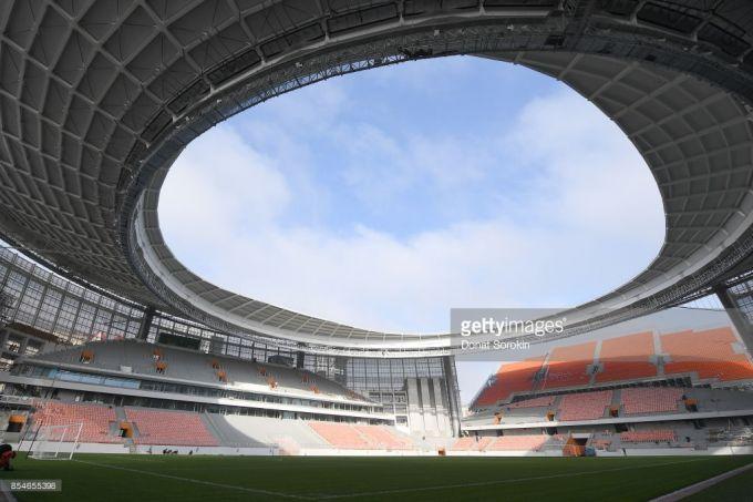 Tribunasi tashqarida bo'lgan Rossiyadagi stadionda ilk uchrashuv qachon o'tkaziladi?