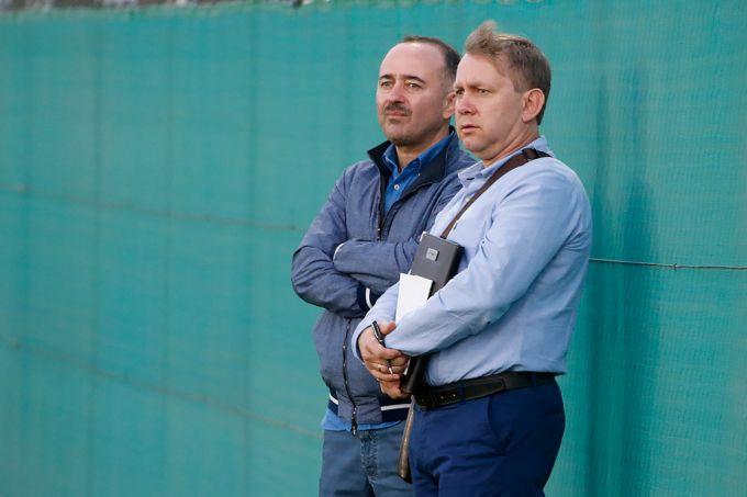 """Fotofakt. Babayan Dubayda """"Spartak"""" mashg'ulotlarini kuzatmoqda"""