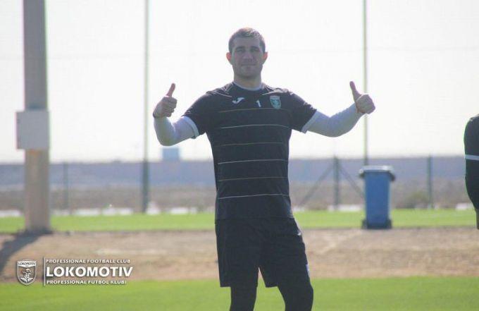 """""""Lokomotiv"""" ilk xorij yig'inini qizg'in davom ettirmoqda (FOTO)"""