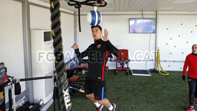 "Koutino ""Barselona""dagi ilk mashg'ulotini o'tkazdi (FOTO)"
