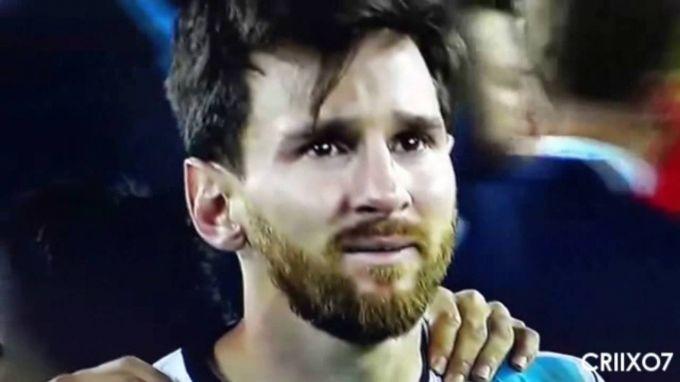 """Aleksis:""""Messi kiyinish xonasida yig'lagan"""""""
