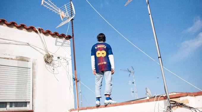 """""""Barselona"""" Inesta sharafiga maxsus futbolka chiqardi + FOTO"""