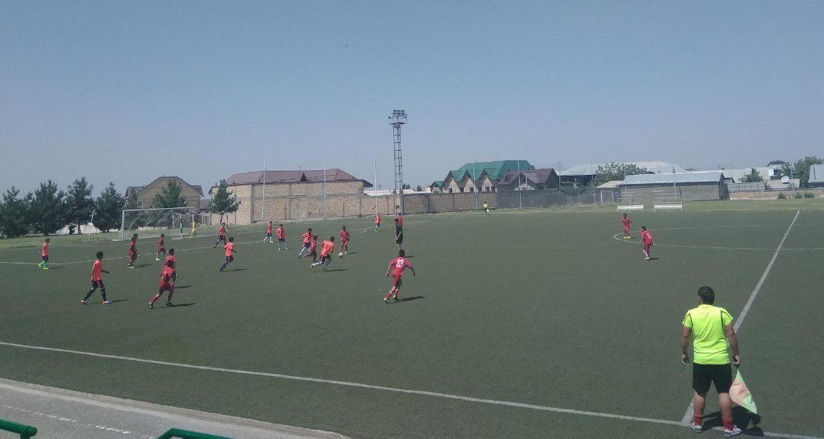 Андижон футбол мактаби 8