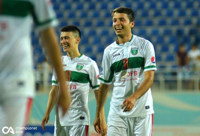 """""""Lokomotiv""""- """"Navbahor"""" uchrashuvidan FOTOGALEREYA"""