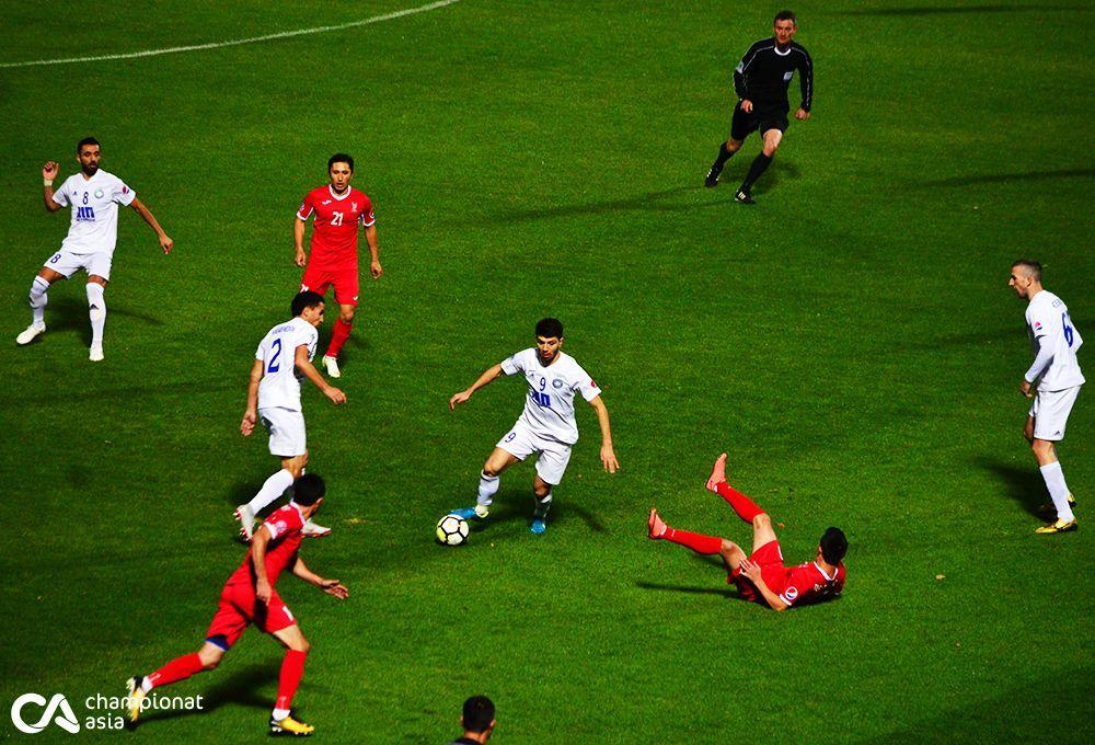 Foto            Superliga: Markaziy to'qnashuvda chempionlik poygasi davom etadi (prevyu)